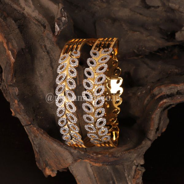 Set of 2 Gold-Plated Bangles For Women