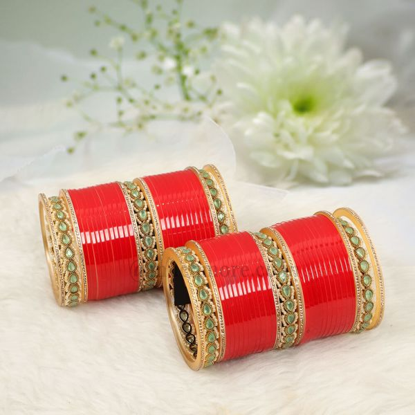 Dual Color Bridal Chuda With Antique Bangles