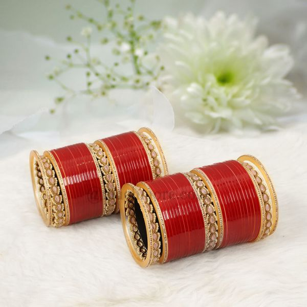 Dual Color Bridal Chuda With Antique Bangle