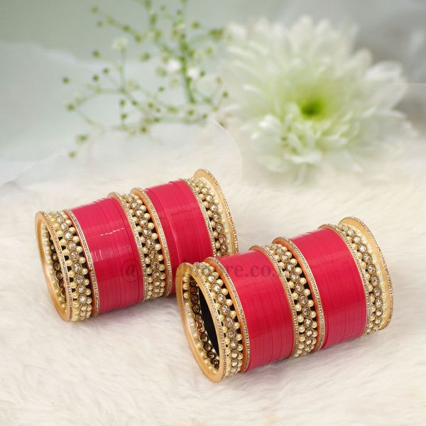 Pink Bridal Chooda With Antique Bangles