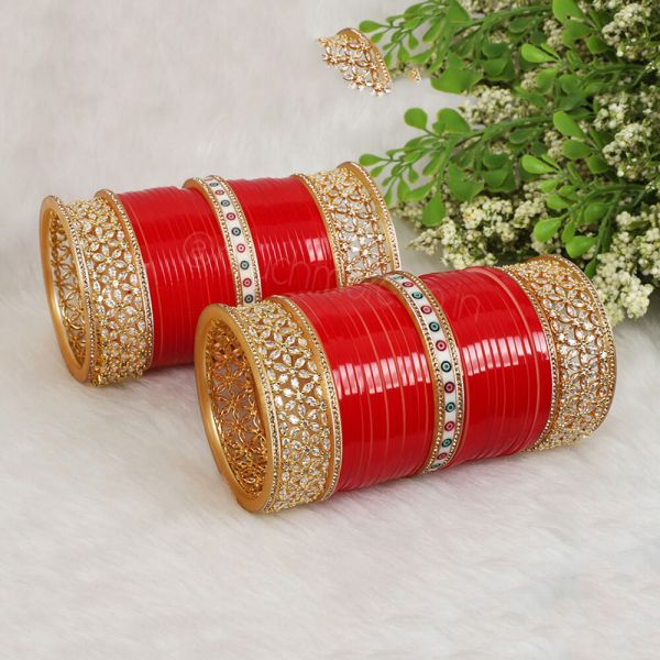 Red Chura With Diamond And Dot Bangles