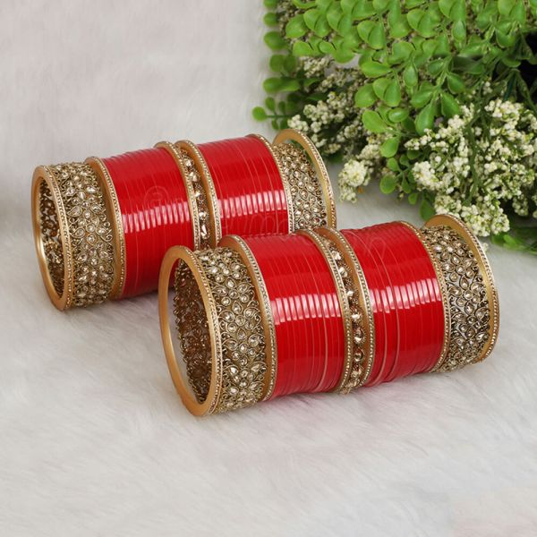 Red Chura With Antique Bangles And Kada