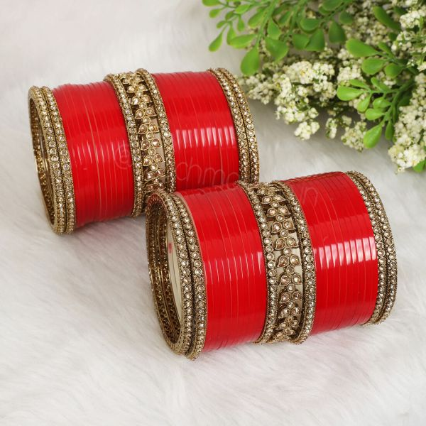 Buy Online Bridal Chura With Bangles