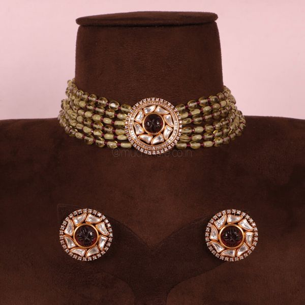 Exclusive Design Olive Green And Ruby Choker Set