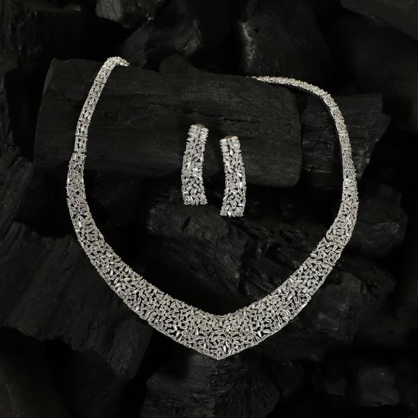 Zircon Diamond Necklace Set