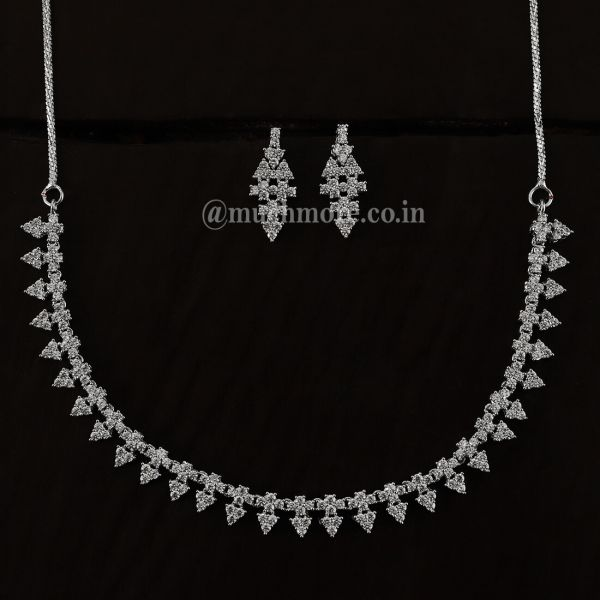 Very Light Silver Polish Diamond Necklace Set