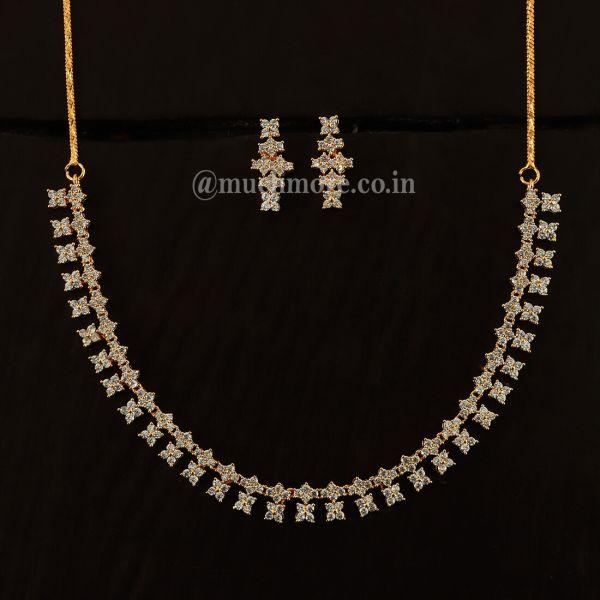 Simple And Unique Gold Polish Diamond Set For Women
