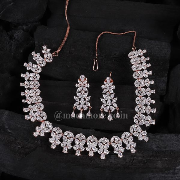 Impressive Rose Gold Polish Necklace Set