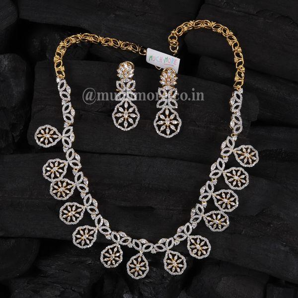 Very Light Weight Diamond Necklace Set