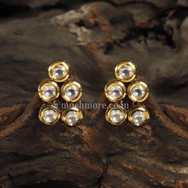 Simple Gold Polish light Kundan Earrings
