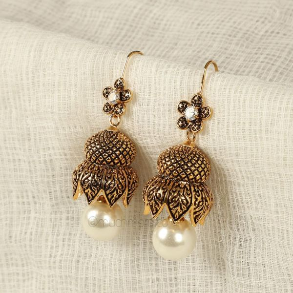 Black Meena Lotus With Pearl Earrings