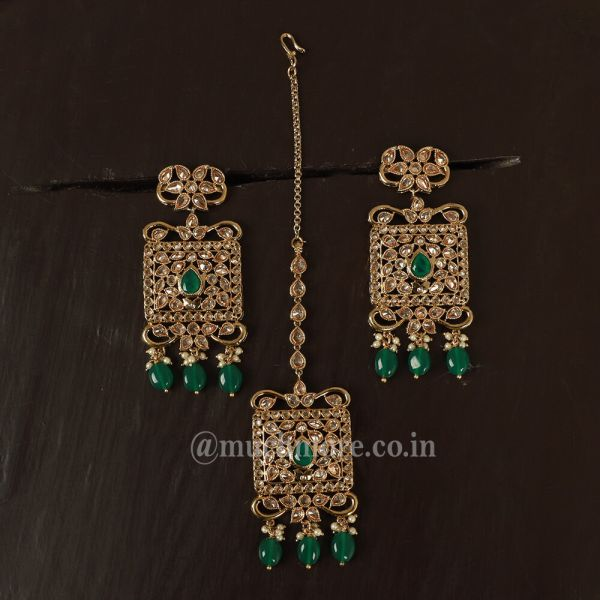 Traditional Golden Earrings Set With Tikka