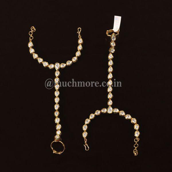 Simple And Light Kundan Hathphool For Bride