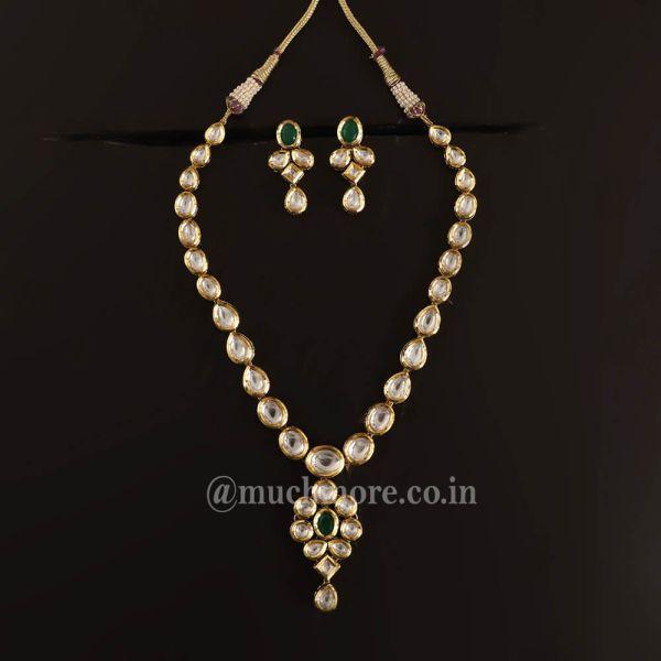 Emerald Green Pendant Style Kundan Necklace