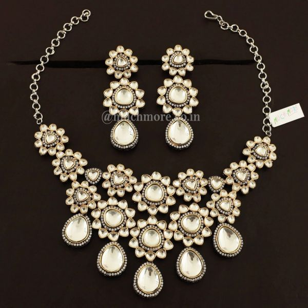 Victorian Polish Embellished With Big Kundan Jewellery