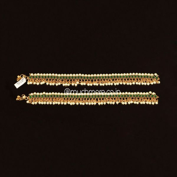 Gold Polish Emerald Green Anklets Payal For Bride