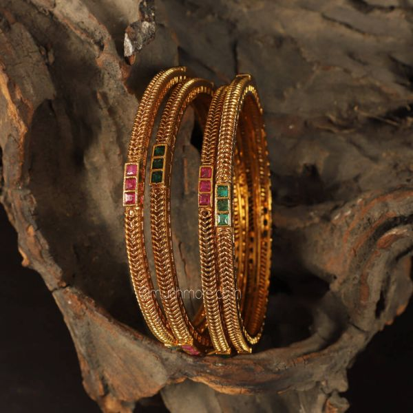 Gold Plated Ruby Green  And Women Bangles Set