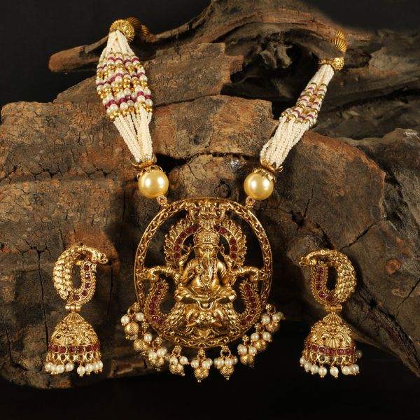 Lord Ganesh Temple Pendant Necklace Set