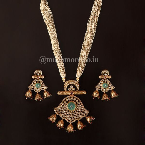 Small Beads Strings With Gold Mint Kundan Pendant Set