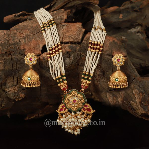 Pearl String Traditional Pendant Set For Women