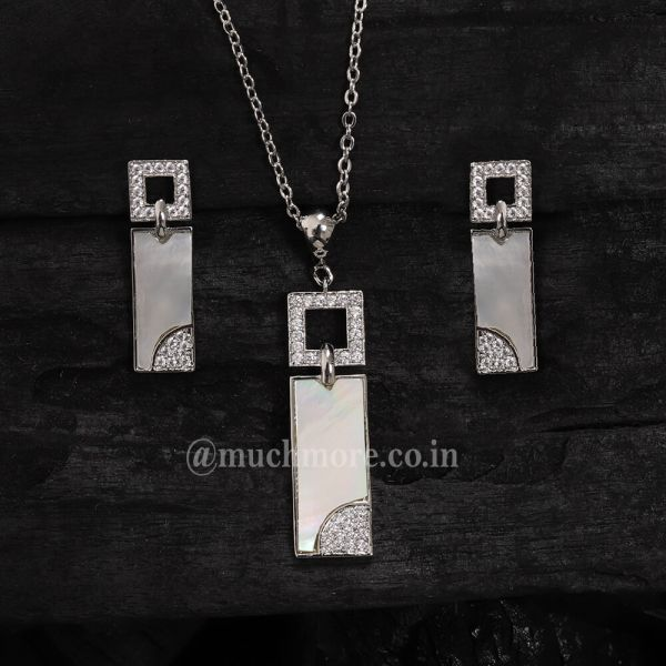 Trendy And Chic Silver AD Pendant Set With Chain Mother Of Pearl Pendant