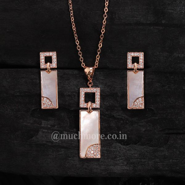 Trendy And Chic Silver AD Pendant Sets With Chain Mother Of Pearl Pendant