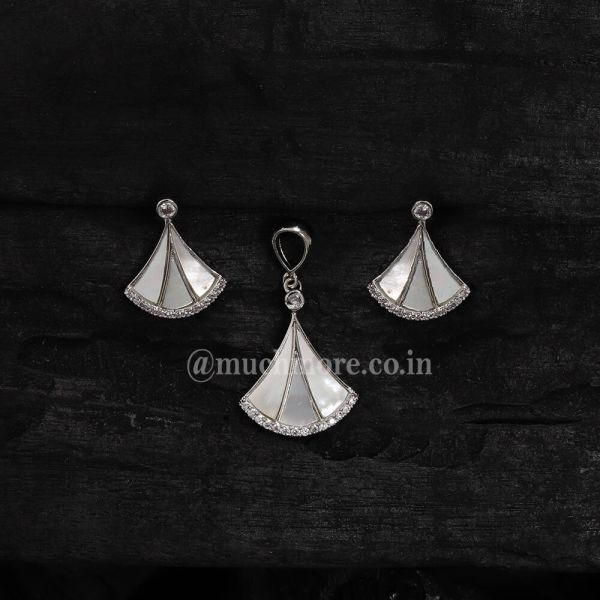 Set For Women Combo Of Pendant Set with Earring Mother Of Pearl Pendant