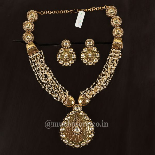 Multi layered String Kundan Pendant Necklace Set
