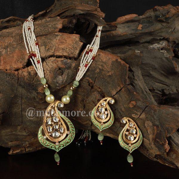 Mint Green Uncut Kundan Designer Pendant Set