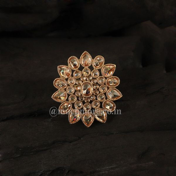 Vintage Look Gold Tone Ring For Woman