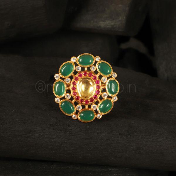 Pachi Kundan Emerald green Rajwada Ring