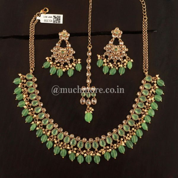 Light Necklace With Earring TiKka For Women