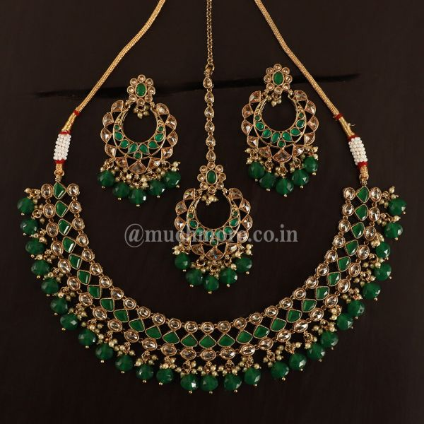 Green Gold Tone Inspired Necklace With Earrings Tikka