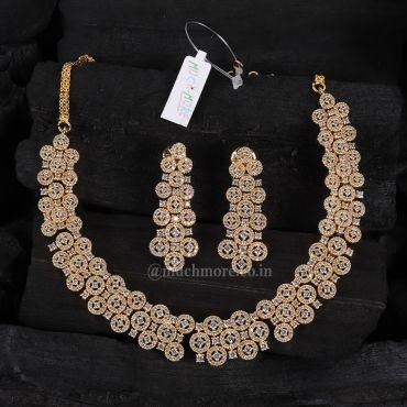 Beautiful Gold Polish Diamond Necklace Set