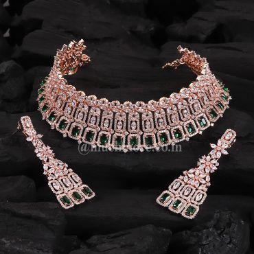 Beautifully Emerald Studded Diamond Choker Set