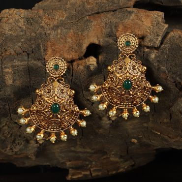Gold Tone Green Motif Earring