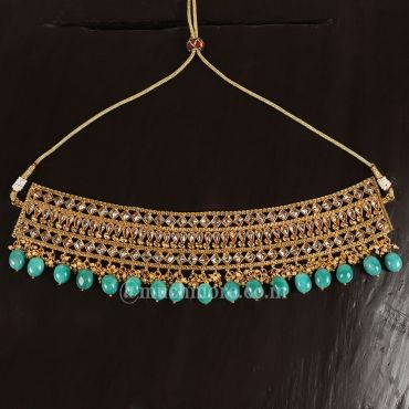 Simple Emerald Drops Choker Set With Tikka